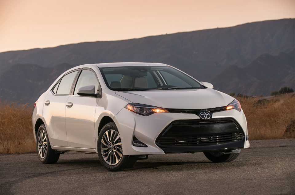2017-Toyota-Corolla - car rental mauritius